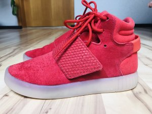 Adidas Originals High Top Sneaker red