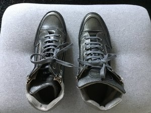 High-Top-Sneaker im Metallic-Look