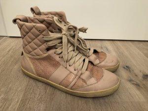 High Top Sneaker mit Schlangenleder Details