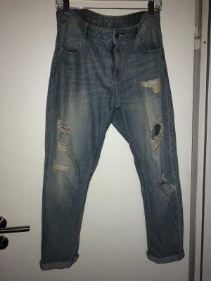 High Waist Destroyed Mom Jeans