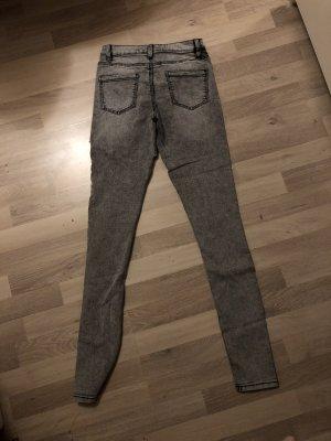Primark Jeans a vita alta grigio chiaro-grigio