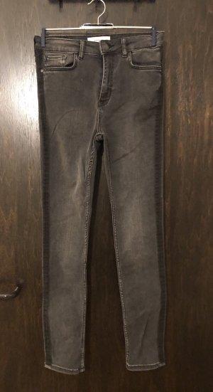 High Waist Jeans von Mango