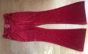 Pantalón de campana rojo oscuro