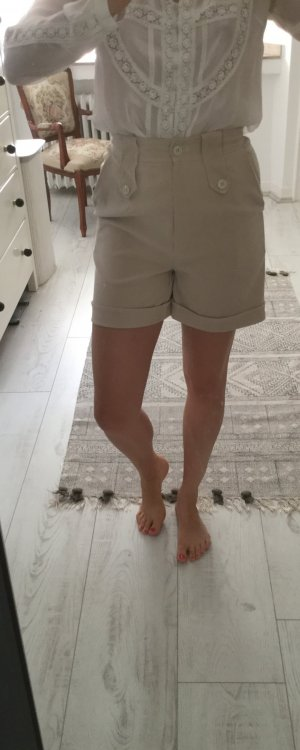 High waist Shorts aus velour Stoff