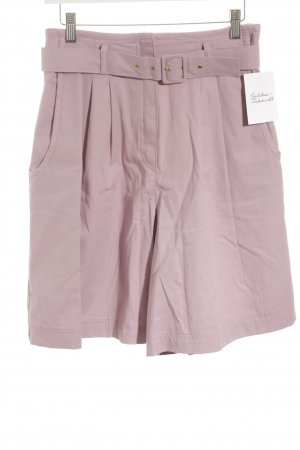 High-Waist-Shorts helllila Romantik-Look