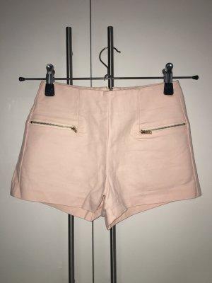 High-waist Shorts mit goldenem Reißverschluss
