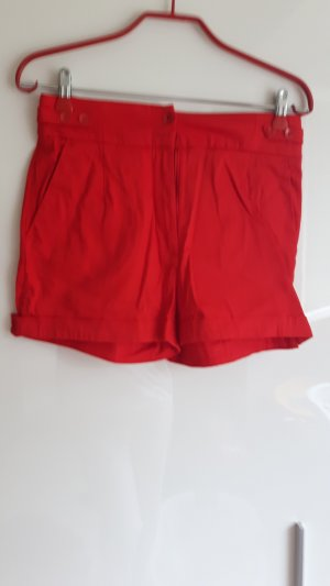 high waiste rote shorts