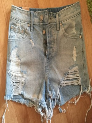 High waisted denim shorts von nasty gal