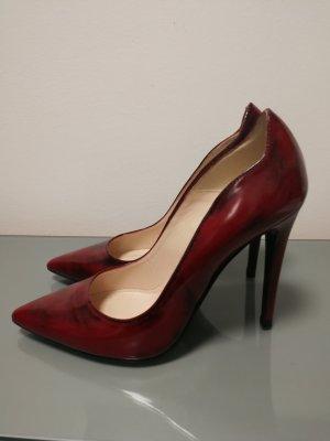 Vigneron Pointed Toe Pumps dark red