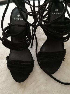 Pieces Sandalo con cinturino e tacco alto nero