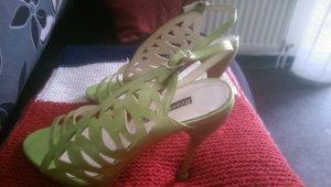 Highlight  grüne Sandalen