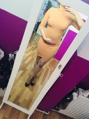 Highneck Kleid