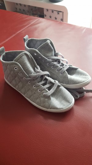 Hightop Sneaker aus Stoff