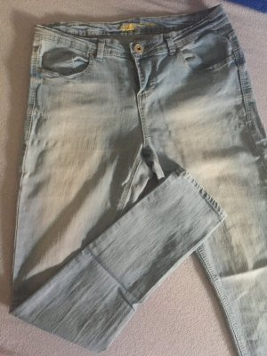 Highwaist Jeans hellblau Größe 40