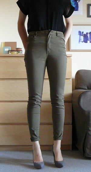 Highwaist Jeans in Khaki - NEU MIT ETIKETT