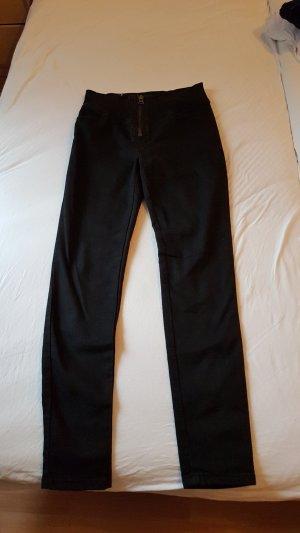 Highwaist Jeans in Schwarz