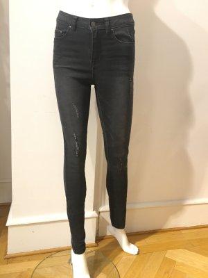 Highwaist Jeans in verwaschenem Schwarz