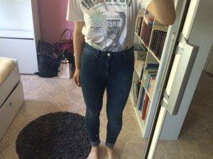 Highwaist Jeans Mango mit Waschung