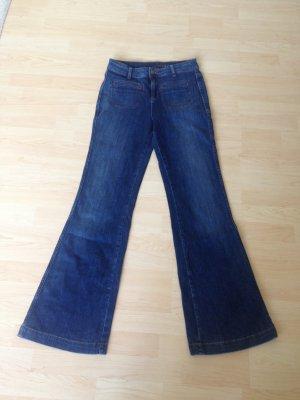 highwaist jeans mit leichtem schlag von hallhuber gr e 38. Black Bedroom Furniture Sets. Home Design Ideas