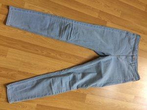 HighWaist-Jeans von H&M