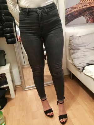 Highwaist Jeans XS grau Used look Gina Tricot superskinny Superstretchhose