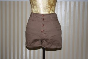 Highwaist Short - MUST HAVE