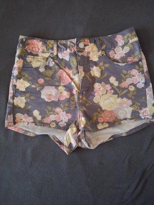 Highwaist Shorts mit Blumen