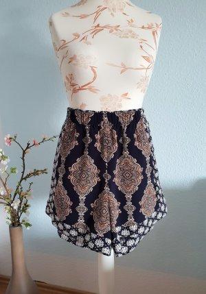 highwaist Shorts mit Orient-Muster von H&M