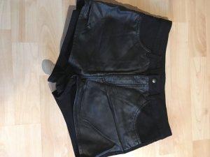 Highwaiste Lederoptik Shorts
