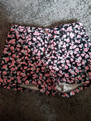 Highwaisted Hotpants mit Rosenprint
