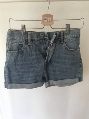 Highwaisted Shorts von Riverisland