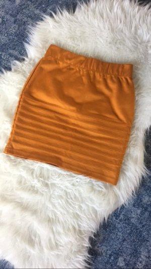 Highwasted Rock Skirt