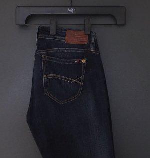 Hilfiger dunkelblaue Jeans Gr. 28 - Neu