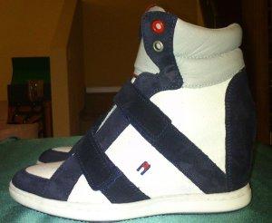 Hilfiger Sneaker mit Keilabsatz *NEU*