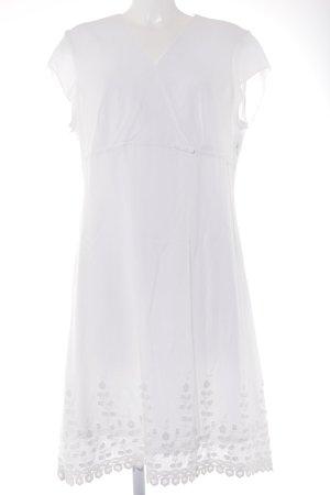 Himmelblau Kurzarmkleid weiß florales Muster Romantik-Look