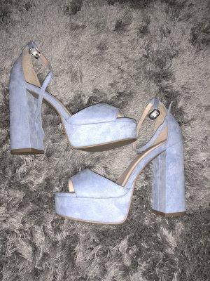 Himmelblaue High Heels in Samt