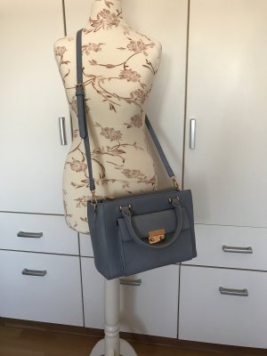 himmelblauer Handtasche
