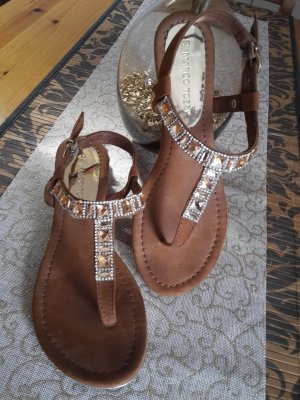 Hingucker: Tolle Sandale von Marco Tozzi