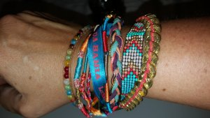 HIPANEMA Armband türkis blau rot neuwertig