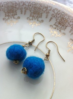 Bungeloorbellen blauw Wol