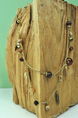 Hippie Kette mit bunten Perlen / Federn und Münze