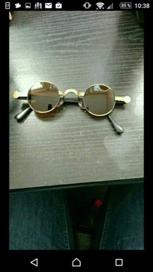 Hippie-Sonnenbrille mit kleinen runden Gläsern