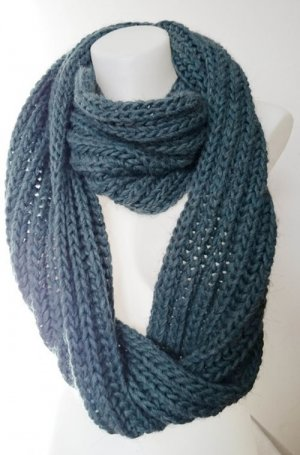 Knitted Scarf petrol