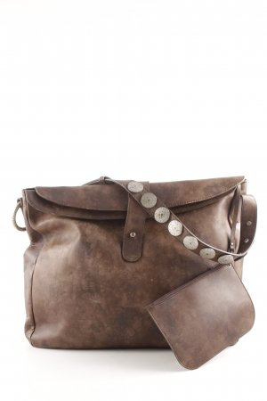 Bolsa Hobo color bronce look casual