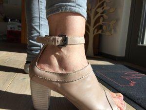 Hochhackige Riemchen Sandale von Lloyd
