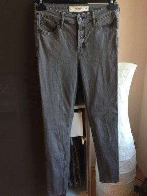 Hochwertige High Waist Jeans in Größe 28
