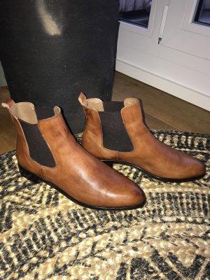Hochwertige Pertini Boots / Stiefeletten in Braun Gr 38