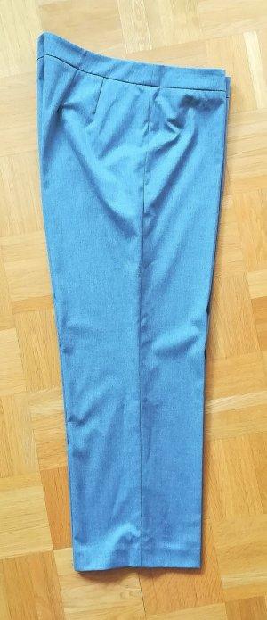 Esprit Pantalon 3/4 gris clair
