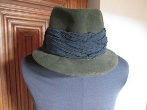 Chapeau en feutre vert olive