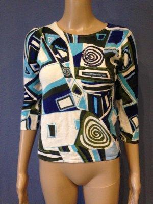Hochwertiger Pullover mit schönem Muster